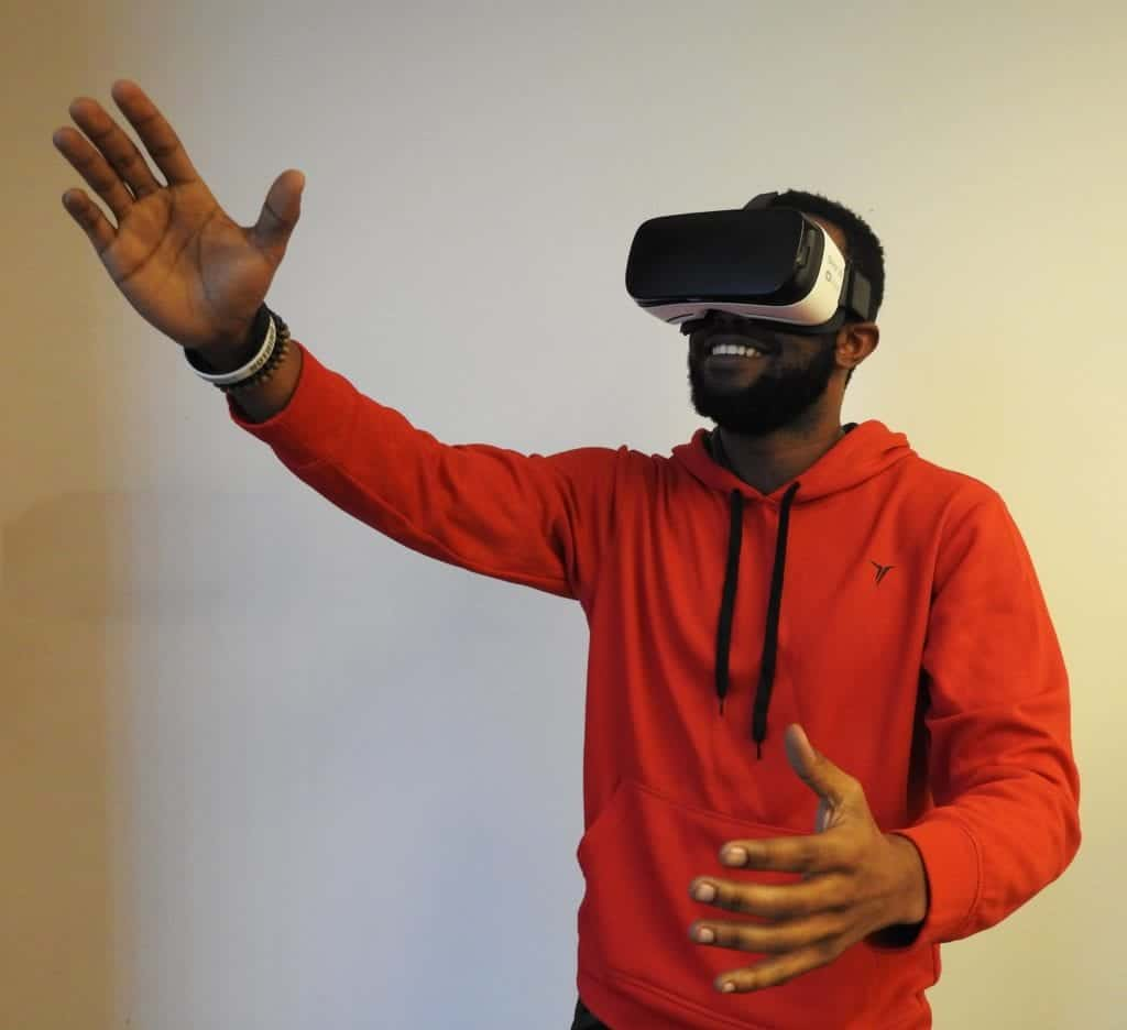Virtual Reality Glasses: Tips To Maintain Them