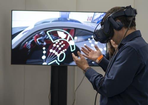 Wear Virtual Headset While Playing